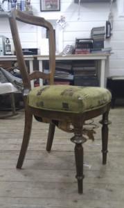 Litt sliten stol
