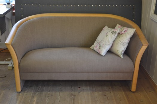 Ekornes sofa i nytt tekstil