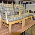 Klassiske stoler i nytt stoff