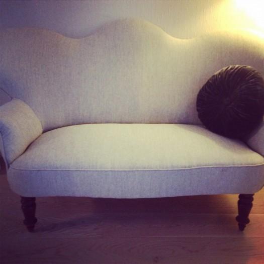 Pen-sofaen på plass