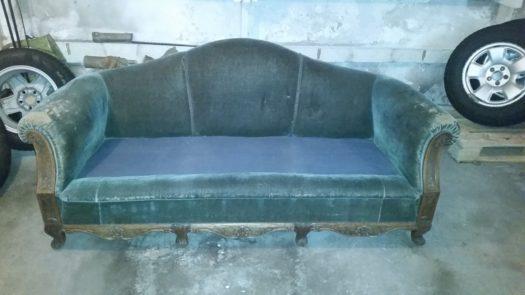 sliten sofa før omtrekk